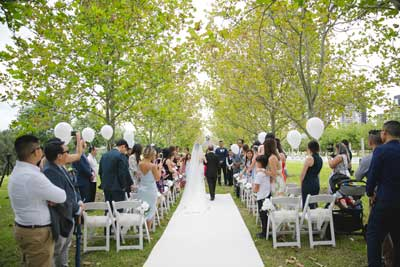Stunning tree lined wedding ceremony at Bicentennial Park, Homenbush